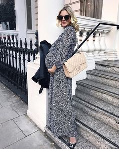 The perfect winter maxi for maternity styling / style the bump / pregnancy / expecting / mum to be