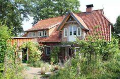 Loft conversion with dormer and Zwerchhaus near Lüneburg - Altbausanierung Dormer Loft Conversion, Farmhouse Remodel, Farmhouse Renovation, Loft House, Attic Apartment, Facade House, House Facades, Cozy Cottage, Future House
