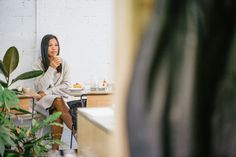 Long Street Coffee is a wonderful social enterprise. Located in Richmond, Melbourne it's helping refugees to get a start. Have a look at this cafe. Melbourne Coffee, Help Refugees, Street Coffee