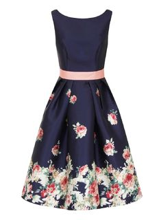 53a54b4d344a   Chi Chi London Curve Blue Floral Print Skater Dress Květinové Šaty