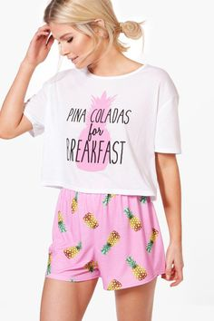 'Tis the season to get cosy with boohoo's nightwear. Feel sexy in silk robes and satin sleepwear or get in the festive spirit with Christmas pyjamas. Cute Pajama Sets, Cute Pajamas, Pajamas Women, Long Nightdress, Cute Sleepwear, T Shorts, Fashion Today, Nightwear, Cute Outfits