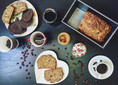 A perfect breakfast on Saturday morning. Vegan banana bread, marmalade and coffe.