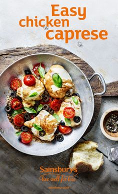 Caprese is an Italian classic: oven roasted chicken topped with melted mozzarella. Throw in a few cheap store cupboard ingredients and you're good to go. Yummy Chicken Recipes, Meat Recipes, Caprese Recipe, Meal Ideas, Food Ideas, Tomato Relish, Caprese Chicken, Oven Roasted Chicken, Tasty