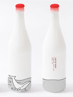 Here is a very nice packaging of beer bottle for the brand Out Of Sight. This product design is the creation of Joanna Copperman. We appreciate of course the unconventional side of this bottle of beer with the choice of … Branding And Packaging, Cool Packaging, Food Packaging Design, Beverage Packaging, Bottle Packaging, Packaging Design Inspiration, Coffee Packaging, Creative Inspiration, Wraps