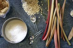 HOMEMADE: RHUBARB CRUNCH RECIPE — Kendra Castillo Rhubarb Muffins, Rhubarb Desserts, Rhubarb Recipes, Popsicle Recipes, Rhubarb Slush Recipe, Rhubarb Harvest, Healthy Homemade Ranch, Rhubarb Crunch, Kitchens