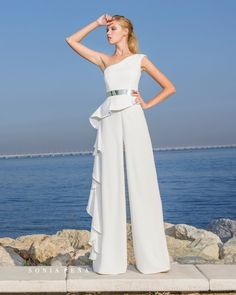 Spring-Summer Avant Garde Collection Sonia Peña - Ref. 1180271 without a shawl<br>Ref: 1180279 with shawl Fall Dresses, Casual Dresses, Short Dresses, Fashion Dresses, Prom Dresses, Formal Dresses, Chiffon Dresses, Bridesmaid Gowns, Style Feminin