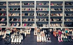 :: A girl never have enough shoes ::