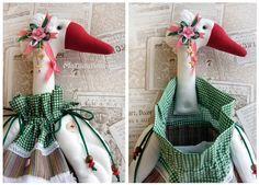 пакетница, гусь, утка, как хранить пакеты, игрушки из текстиля, авторская выкройка, юлия телипайло, Matilda Telipaylo, зеленый с розовым, утка в чепчике, цветы из крафт бумаги