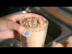 ▶ Cómo hacer un bizcocho de chocolate rico y rápido :) - YouTube