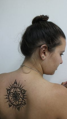 Love henna mandala's!