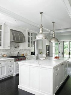 Love looking for great white kitchen decorating ideas? Check out these gallery of white kitchen ideas. Tag: White Kitchen Cabinets, Scandinavian, Small White Kitchen with Island, White Kitchen White Witchen Countertops White Kitchen Cabinets, Kitchen Cabinet Design, Kitchen Interior, Cabinet Decor, Ranch Kitchen, Dark Cabinets, Cabinet Makeover, Wooden Kitchen, White Kitchen With Marble