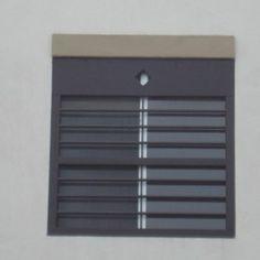 Rejas para casas modernas con barrotes horizontales para casa habitación