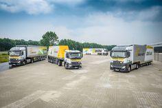 De Emons Group, gevestigd in Milsbeek,nam in 2017  honderd nieuwe Actros 1842 LS en 1843 LS uit een order van 139 in gebruik. De trucks worden, samen met de efficiënte trailers van de Emons Group, ingezet voor het vervoer van palletlading en onverpakt vlakglas.
