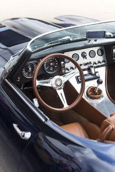 jaguar e-type speedster classic luxury sports cars Luxury Sports Cars, New Sports Cars, Sport Cars, Sport Sport, Jaguar Cars, Jaguar Type E, Jaguar Xk, Audi Rs6, Porsche Mission E