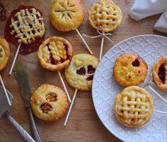 🍭🍭🍭 #minipie #lollipops #piepops #applepie #cherrypie #instabake #peceni #bakingmom #homebaker #homebaked #foodie #foodlover #foodphoto #foodblogger #czechgirl #czech #czechrepublic #avecplaisircz Lollipops, Waffles, Baking, Breakfast, Food, Tootsie Pops, Morning Coffee, Stick Candy, Bakken