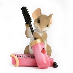 Enesco Charming Tails Mouse-cara Figurine, 2.875-Inch Enesco http://www.amazon.com/dp/B009AB43Z8/ref=cm_sw_r_pi_dp_8xtywb15YXPND