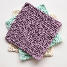 My Favourite Crochet Washcloth - Leelee Knits waschlappen anleitung My Favourite Crochet Washcloth - Leelee Knits Granny Square Crochet Pattern, Crochet Squares, Crochet Patterns, Crochet Ideas, Crochet Simple, Free Crochet, Knit Crochet, Crochet Faces, Crochet Gifts