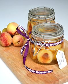 Peach in syrup - Pêches au sirop { bocaux pour l'hiver }