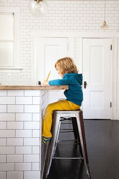 Kitchen Makeover | Oh Happy Day! | Schoolhouse lighting