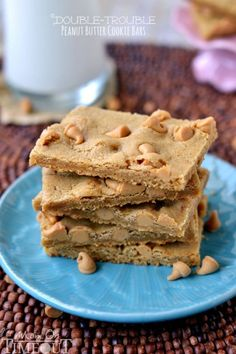 Peanut butter lovers will find it hard to resist these easy-to-make Double Trouble Peanut Butter Cookie Bars! | MomOnTimeout.com