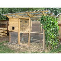 Building A DIY Chicken Coop If you've never had a flock of chickens and are considering it, then you might actually enjoy the process. It can be a lot of fun to raise chickens but good planning ahead of building your chicken coop w Mobile Chicken Coop, Easy Chicken Coop, Portable Chicken Coop, Chicken Coop Designs, Clean Chicken, Chicken Coup, Chicken Feeders, Chicken Wire, Backyard Chicken Coop Plans