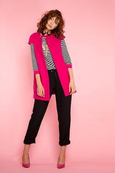 #furelle #furellefashion #furellestyle #style #fashion #designer #fashiondesigner #takaja #beyourself #woman #womanfashion #fashionity #womanity #womanhood #takaja #womandress #springsummer #2017 #colors #lovetocolor #feminine #woman #fuschia #vest Elle Fashion, Womens Fashion, 2017 Colors, Colours, Capri Pants, Feminine, Vest, Spring Summer, Pink