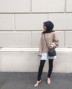 ZAFUL offers a wide selection of trendy fashion style women's clothing. Modest Dresses, Modest Outfits, Modest Clothing, Islamic Fashion, Muslim Fashion, New Hijab, Casual Hijab Outfit, Hijab Chic, Hijab Trends