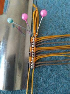 简易双色桶珠——手绳版 第4步