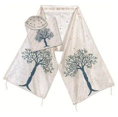 White Silk Tallit with Tree of Life and Blessing in Gold and Blue