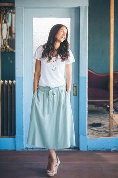 flatstoflipflops.com How We Wear: Flowy Skirts