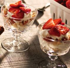 Strawberry Cream Pie Parfaits - A heavenly dessert from Clean Eating