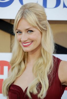 Pin for Later: Fringespiration! 50 Celebrity Fringe Hairstyles to Inspire Your New Cut Beth Behrs