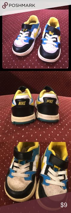 Nike sneakers In great condition except for the suede look at the pic above. It can be clean for sure and the sole I'll clean it before shipping. Nike Shoes Sneakers