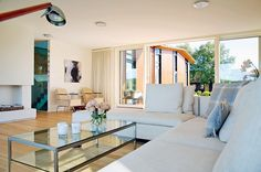 Farge sofa Scandi Living Room, Divider, Exterior Design, Sofa, Furniture, Architecture, Interior, Home Decor, Arquitetura