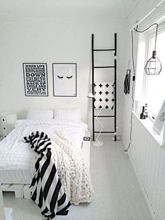 White bedroom ideas for girls black and white room design for girls Teenage Girl Bedrooms, Girls Bedroom, Bedroom Decor, Trendy Bedroom, Bedroom Furniture, Decor Room, Bedroom Lighting, White Bedroom Black Furniture, Bedroom Ideas For Teen Girls Tumblr