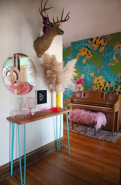 Kitsch Decor, Chinoiserie, Interior Design Trends, Home Decor Trends, Estilo Kitsch, Plywood Furniture, Industrial Furniture, Deco Originale, Piece A Vivre