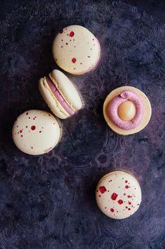 Macarons à la vanille, citron et framboise | Vanilla, lemon and raspberry macaroons