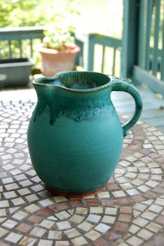 Half Gallon Pitcher in Turquoise Made to Order von pagepottery