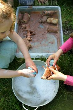 Farm animals sensory play with edible mud and bubbles for washing!