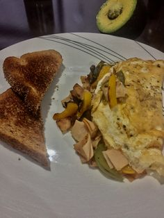 try this very simple, foolproof but gourmet omelette for breakfast or brunch, guarantee everyone will enjoy it!