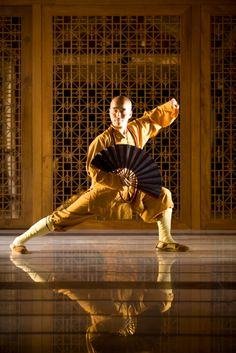 In the year of the Dragon, Mandarin Oriental, Sanya's Shaolin Master Hu embarked on his U.S. tour of The Spas at Mandarin Oriental offering a variety of educational workshops in Tai Chi, Meditation, Qi Gong and the art of the Zen Tea Ceremony. #MOcny http://www.mandarinoriental.com/sanya/luxury-spa/fitness-and-wellness/