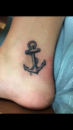 Really love the shading and size of the tattoo. Think it would look good on the rib area