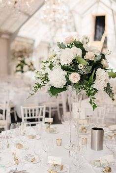 If I have neglected one thing on Chic Vintage Brides, it is the all important tablescape – and yet I remember all too well how difficult I found it deciding on