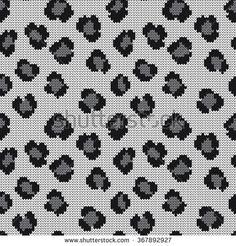 Knitted seamless pattern leopard skin