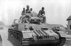 Bundesarchiv Bild 101I-216-0445-18, Russland-Mitte-Nord, Panzer IV. - Opération Uranus — Wikipédia