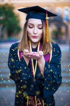Texas State University | Senior Pictures | Graduation Pictures | paigevaughn.com