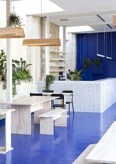Interior Design For Living Room Referral: 6958382675 Design Bar Restaurant, Cafe Restaurant, Restaurant Themes, Burger Bar, Commercial Design, Commercial Interiors, Estilo Color Block, Blue Cafe, Hospitality Design