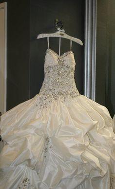 Black Bow Swarovski Bridal Hanger featuring Stephen Yearick Gown
