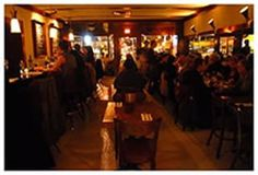 Les faux Bourgeois - a bistro that gets raves on Chowhound. Moules! Steak frites!