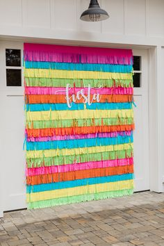 Colorful fringe backdrop for a Mexican fiesta. Colorful fringe backdrop for a Mexican fiesta. Mexican Birthday Parties, Mexican Fiesta Party, Fiesta Theme Party, Birthday Party Themes, Fiesta Gender Reveal Party, Mexican Party Favors, Mexican Pinata, Colorful Birthday Party, Taco Party
